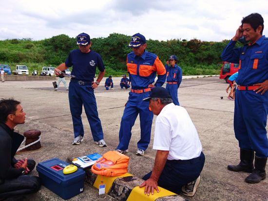 AEDや浮き具